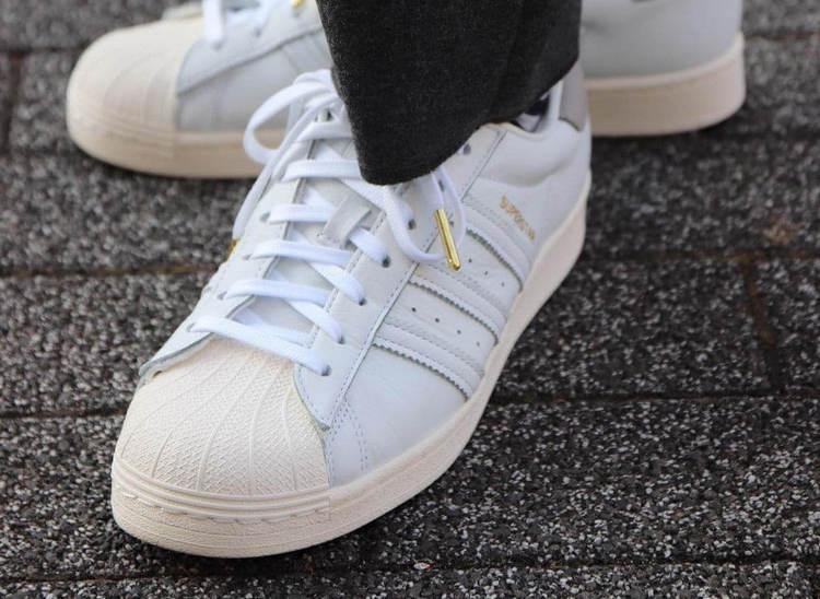 Самые популярные кроссовки - Adidas Superstar