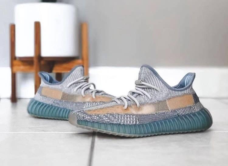Популярные кроссовки - Adidas Yeezy Boost 350