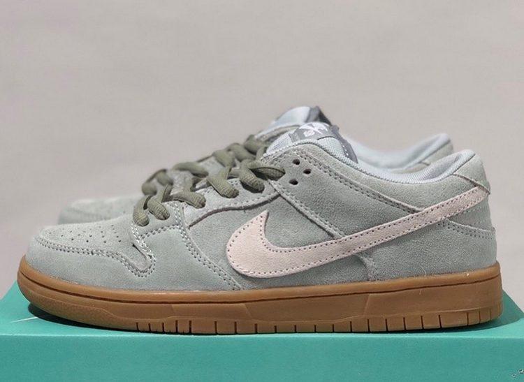 Кроссовки Nike SB Dunk