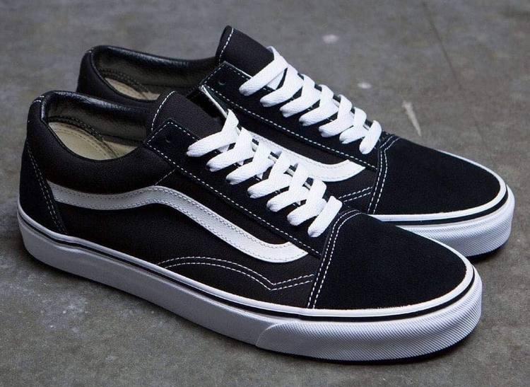 Популярные кроссовки 2020 - Vans Old Skool