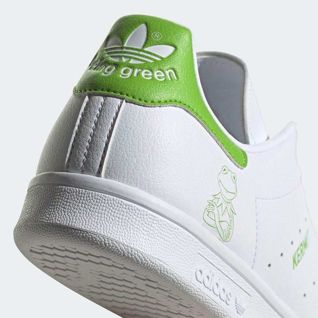 adidas originals белые кроссовки