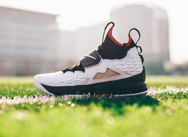 Nike LeBron 15 - Diamond Turf