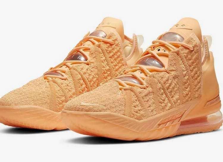 Nike LeBron 18 - Melon Tint