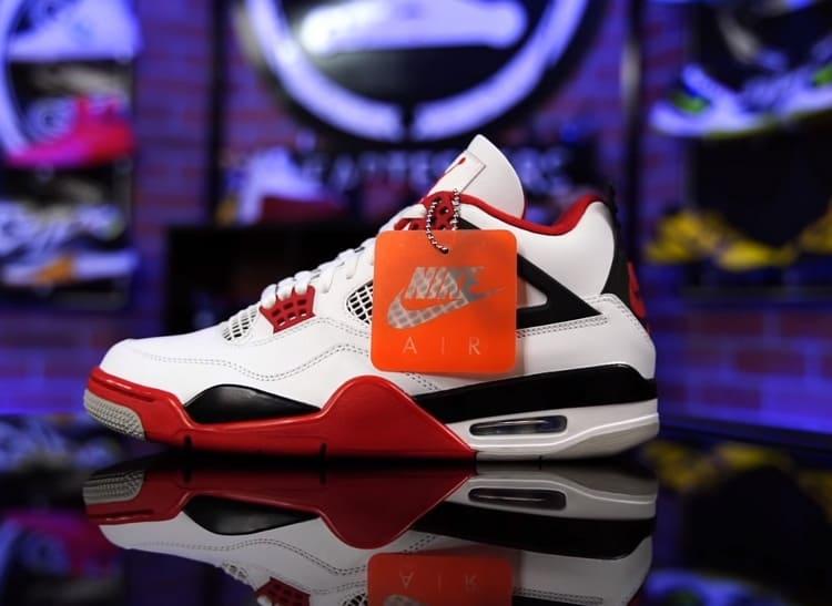 Кроссовки Jordan 4 Retro Fire Red с великой историей