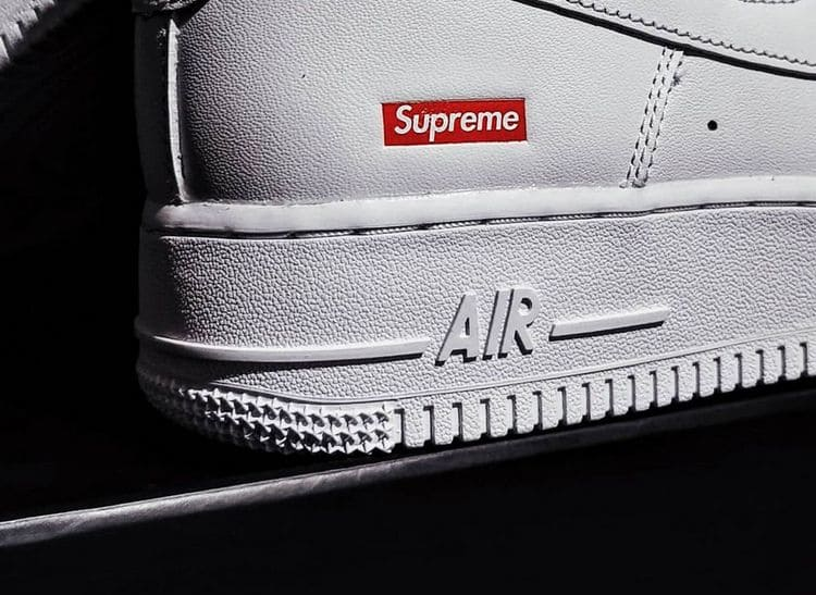 Лучшие коллаборации кроссовок Supreme x Nike Air Force 1